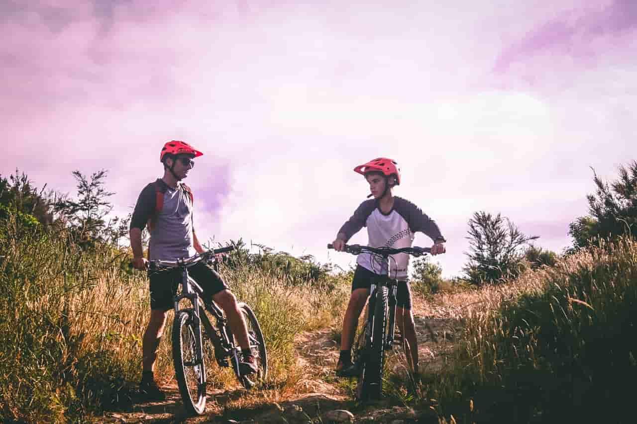 Things to Wear When Mountain Biking