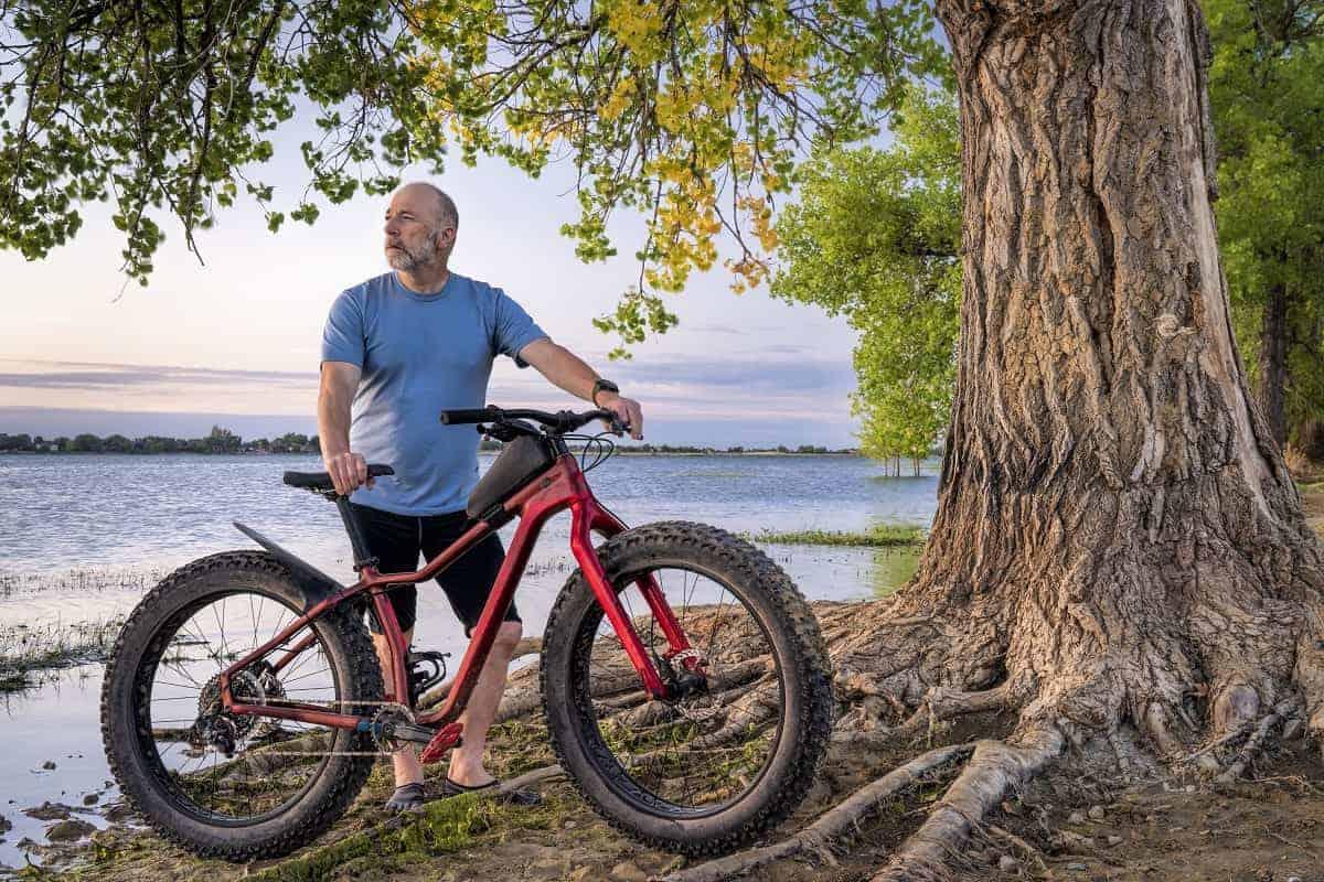 Best Bikes for Overweight Men - mybikexl.com