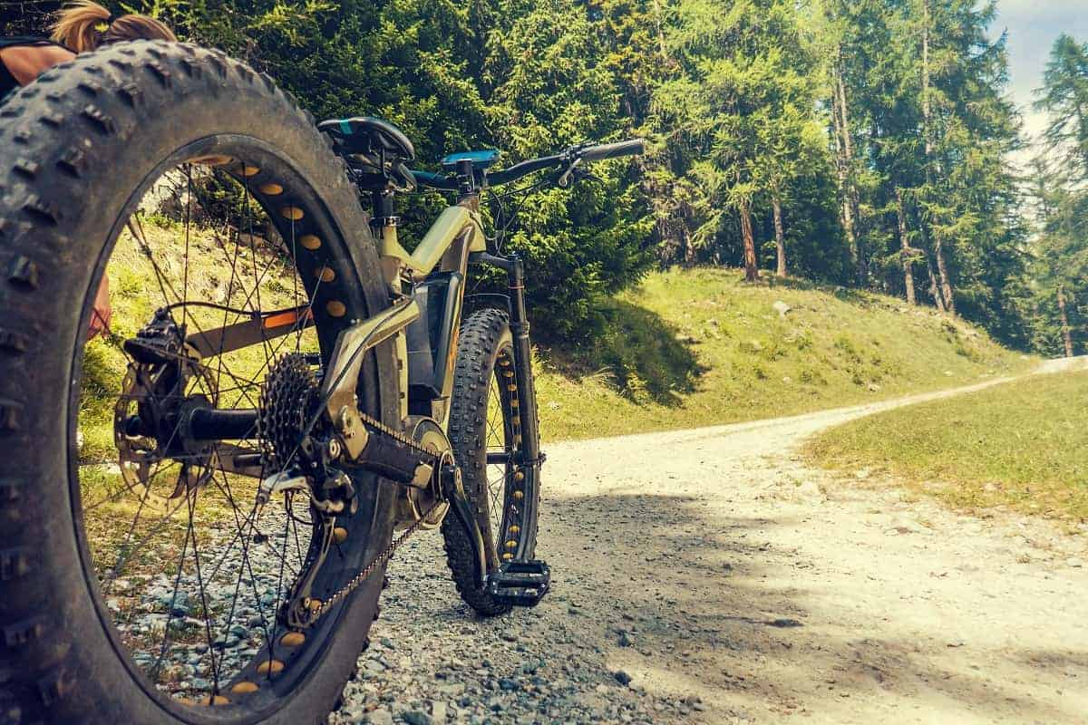 How to Tell if MTB Tires are Tubeless - mybikexl.com