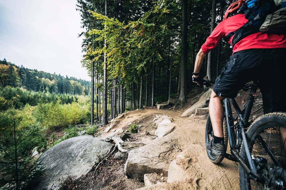 Mountain Biking Safer Than Road Biking - mybikexl.com